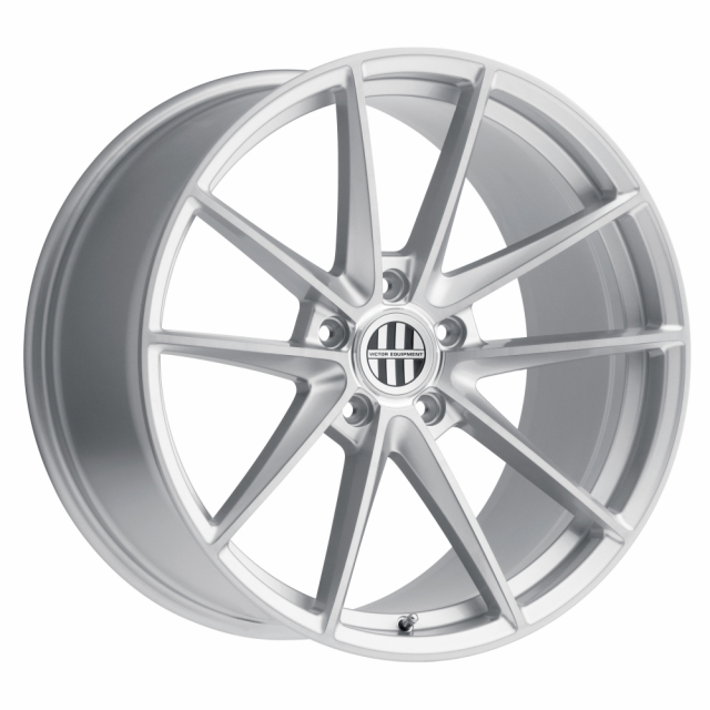 VICTOR EQUIPMENT ZUFFEN 18X10.5 5/130 ET55 CB71.6 SILVER W/BRUSHED FACE RF